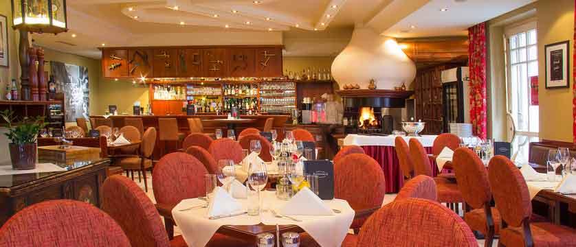 Hotel Feinschmeck, Zell am See, Austria - restaurant.jpg